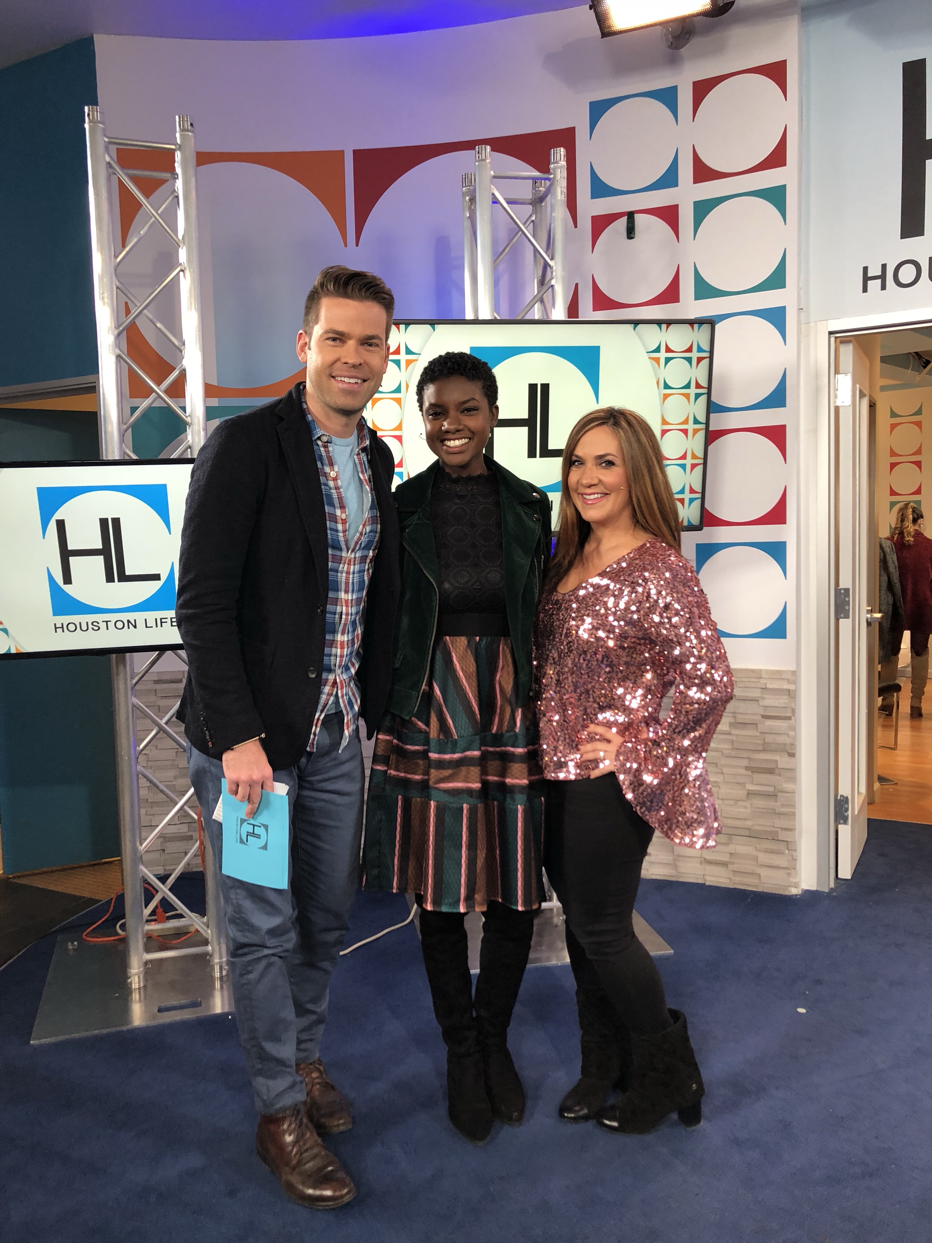Houston Life TV, Channel 2, Courtney Zavala, Derrick Shore, Style expert, crossroads Houston